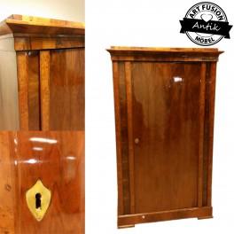 Biedermeier szekrény-Steindl Ferenc üzeméből 1825/30